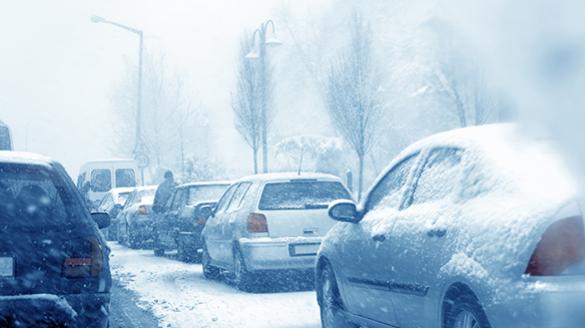 """冬季""""魔咒""""能否破解?新能源汽车如何迈过寒冬这个坎"""