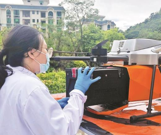 无人机运送标本效率高 检验报告的时间明显缩短